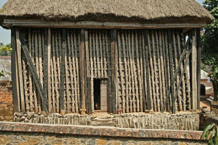 bafut-palace-3-w700