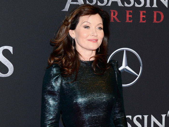 davis-went-on-to-appear-in-the-assassins-creed-movie-and-now-shes-playing-a-queen-opposite-michelle-fairley-in-starzs-show-the-white-princess-w700