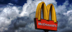 mcdonalds-is-named-after-two-brothers-who-ran-a-burger-restaurant-w700