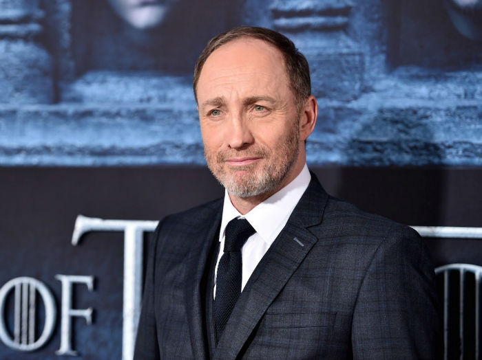 michael-mcelhatton-can-be-spotted-among-other-game-of-thrones-alumni-in-the-upcoming-guy-ritchie-movie-king-arthur-legend-of-the-sword-w700