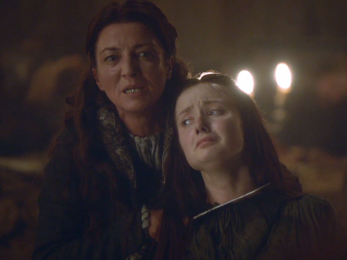 michelle-fairley-played-robbs-mother-catelyn-who-was-the-last-person-killed-at-the-red-wedding-w700