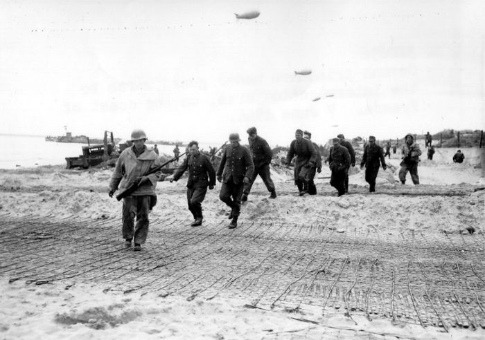normandy-landings (21)[2]-w700