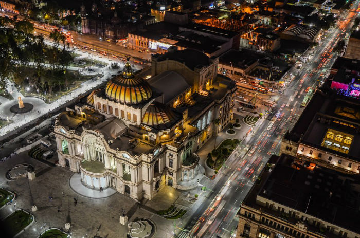 today-mexico-city-is-a-vibrant-home-to-over-89-million-people-w700