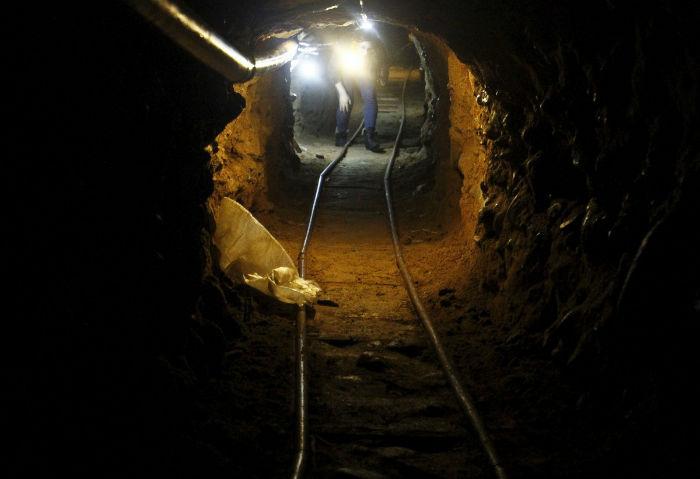 tunnels-w700