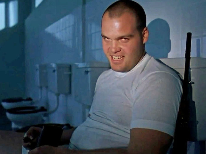 vincent-donofrio-gained-about-70-pounds-for-his-role-in-full-metal-jacket-w700
