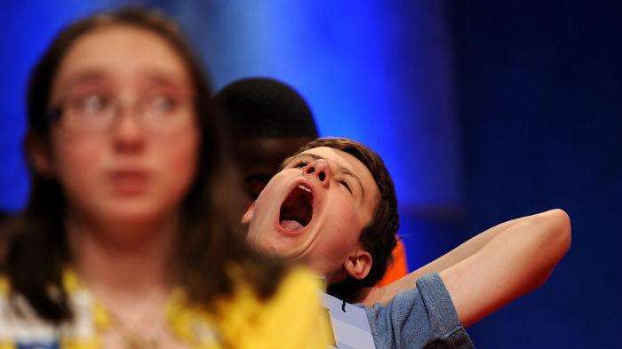 yawning-contagious-9afea544.jpg.885x497_q90_box-0,320,3377,2217_crop_detail-w700