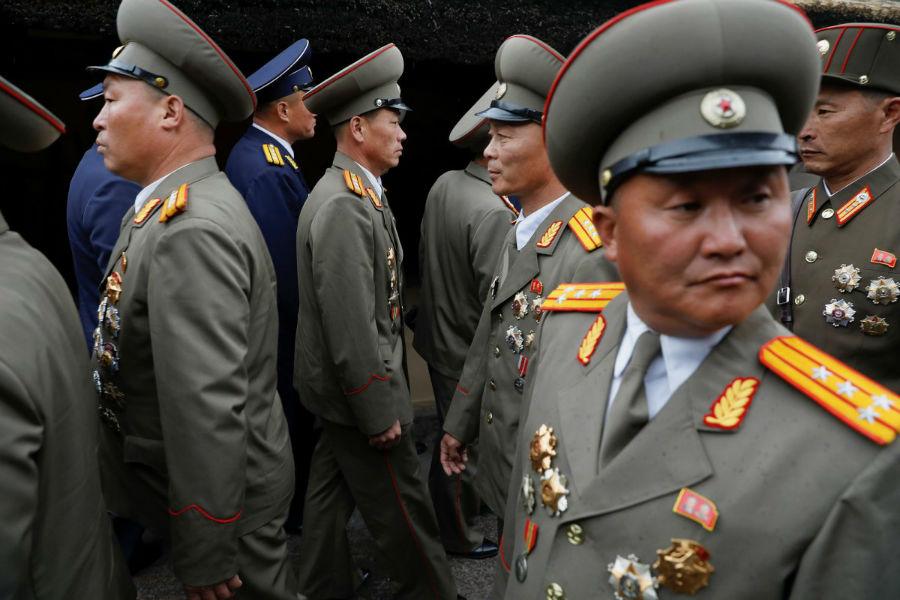 کره شمالی در طول این مراسم، از جدیدترین موشک خود رونمایی کرد. به گزارش خبرگزاری ها، جنگ افزار نمایش داده شده در این رویداد، نوعی موشک کروزِ نزدیک بُرد است که احتمالا برای دفاع در خطوط ساحلی مورد استفاده قرار خواهد گرفت.