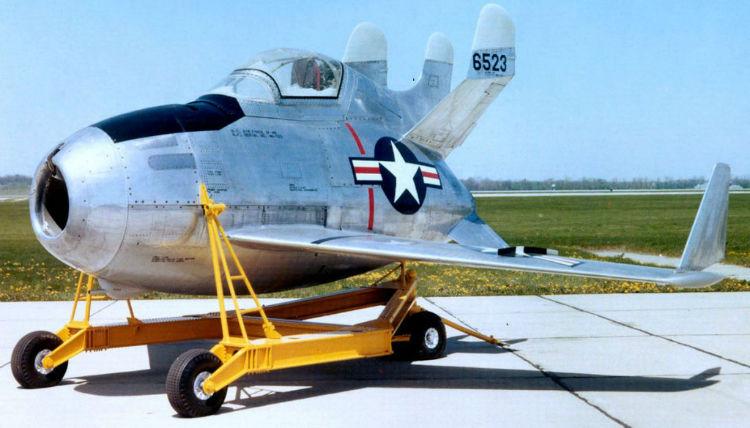 1200px-McDonnell_XF-85_Goblin_USAF_Cropped-1024x585-w750
