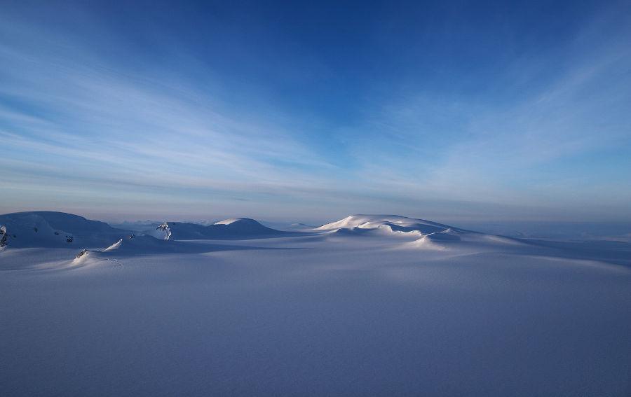 نمایی اپاز منطقه یخی که از بالای جزیره Ellesmere در کانادا در روز 30 مارس 2017 ثبت شده است.
