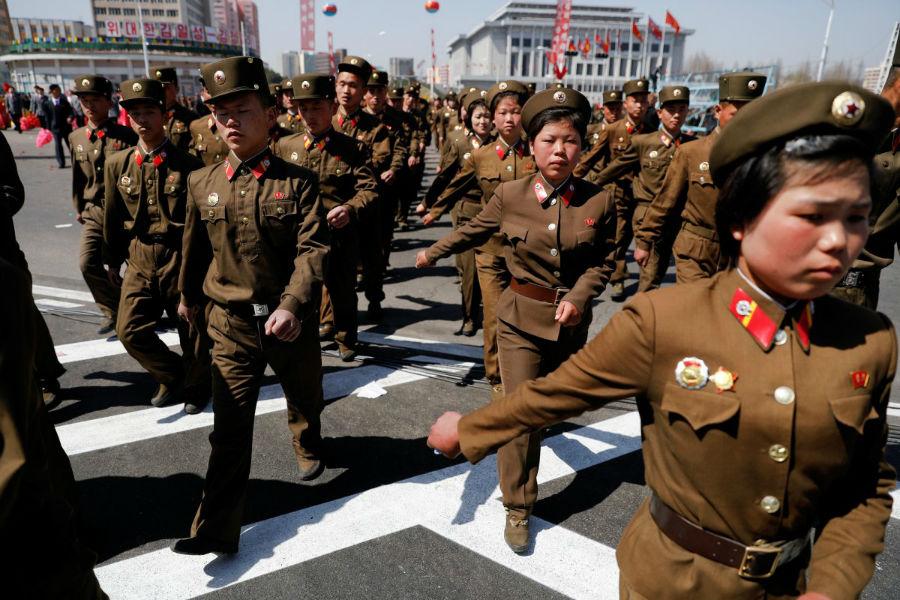 مارش و قدم روی ارتشی در طول مراسم