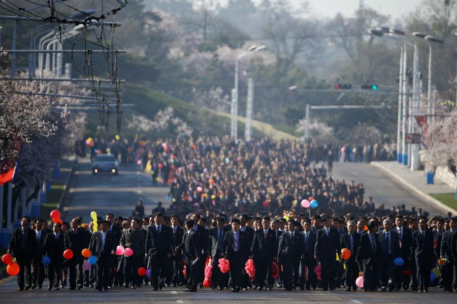 بیش از یکصد هزار نفر در این جشن حضور داشتند.