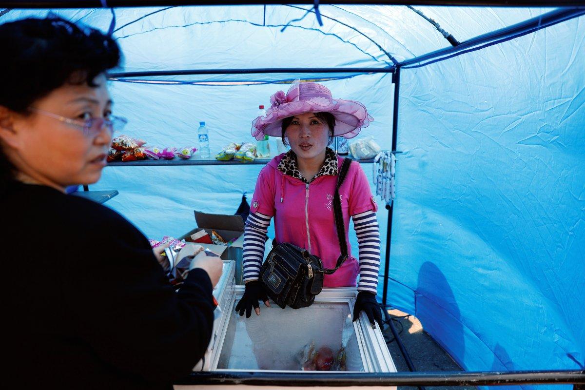 به گفته یک کارشناس تجارت، بازار کره شمالی زمینه رشد فراوانی دارد. به طور مثال، با افزایش تقاضا برای خرید قهوه های تولیدی داخل کشور، درخواست شکر از چین یا دیگر کشورها نیز افزایش می یابد.
