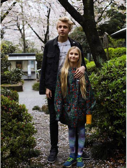 این سوپرمدل روسی پس از ازدواج با اشراف زاده انگلیسی، سه فرزند به دنیا آورد: 2 پسر و یک دختر. نِوا 11 ساله بارها به همراه مادرش در عکس های تبلیغاتی حاضر شده و لوکاس 15 ساله نیز در حوزه ورزش فعالیت دارد.