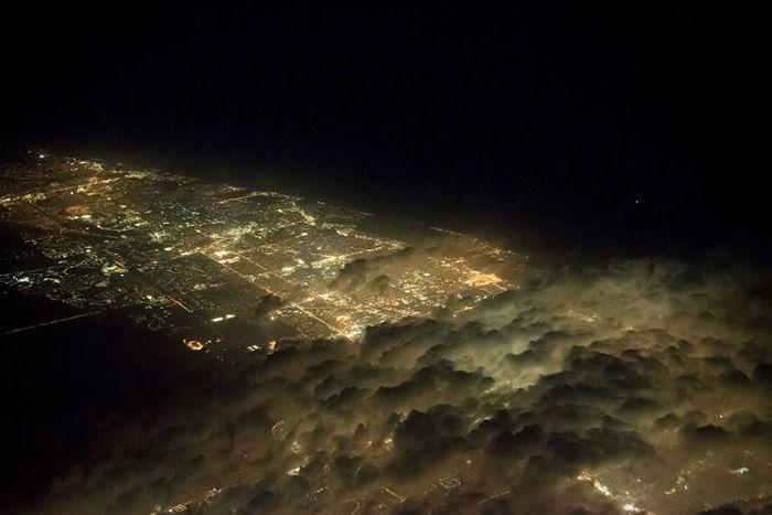 pilot-clouds-lightning-night-skies-santiago-borja-lopez-16-591954d0671bf__880-w700