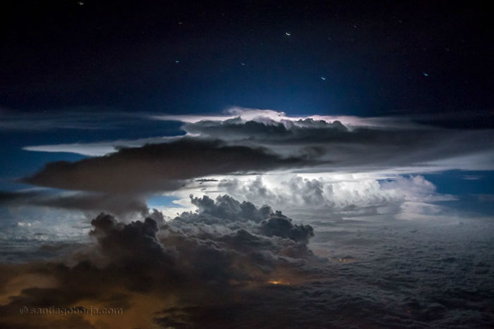pilot-clouds-lightning-night-skies-santiago-borja-lopez-22-591954df5e9d9__880-w700