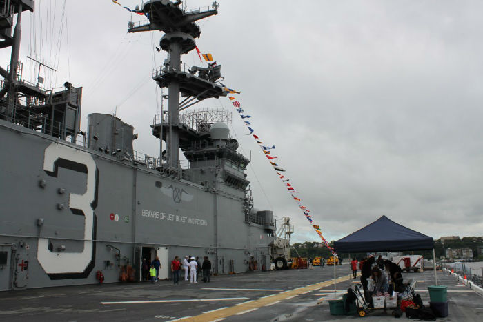 the-aft-section-of-the-superstructure-has-another-command-tower-with-requisite-masts-and-signals-w700