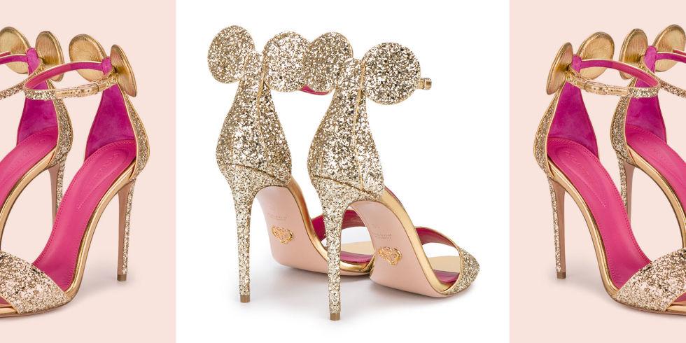 یک طراح ایتالیایی موسوم به «اسکار تایه» این کفش ها را به صورت صندل های پاشنه بلند و یک بنده طراحی کرده که در بخش پاشنه دارای دو گوش به سبک مینی ماوس هستند. این کفش ها بیشتر برای دوستدران دنیای فانتزی دیزنی مناسب به نظر می رسند.