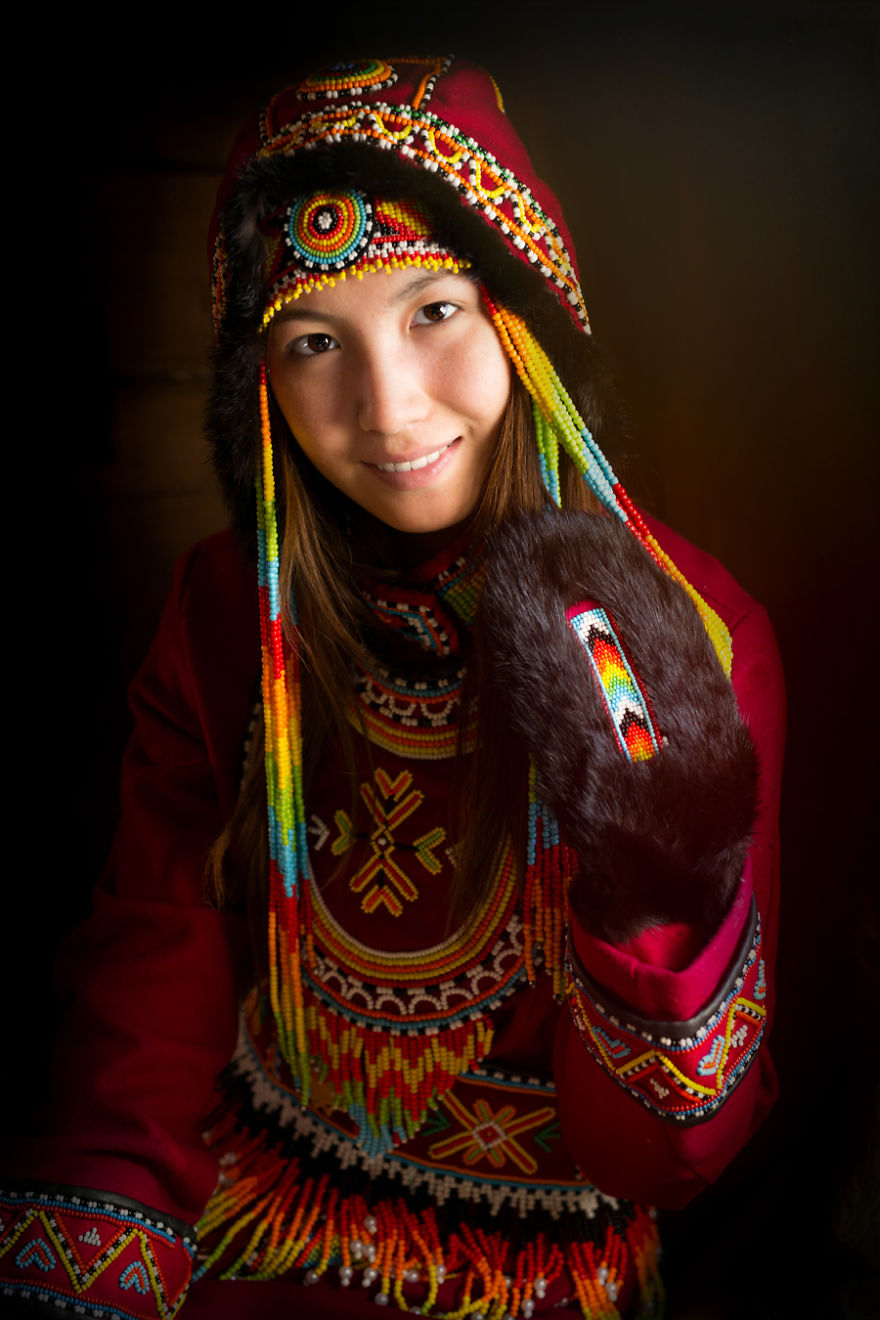 35-Portraits-Of-Amazing-Indigenous-People-of-Siberia-From-My-The-World-In-Faces-Project-594769b8d75e9__880