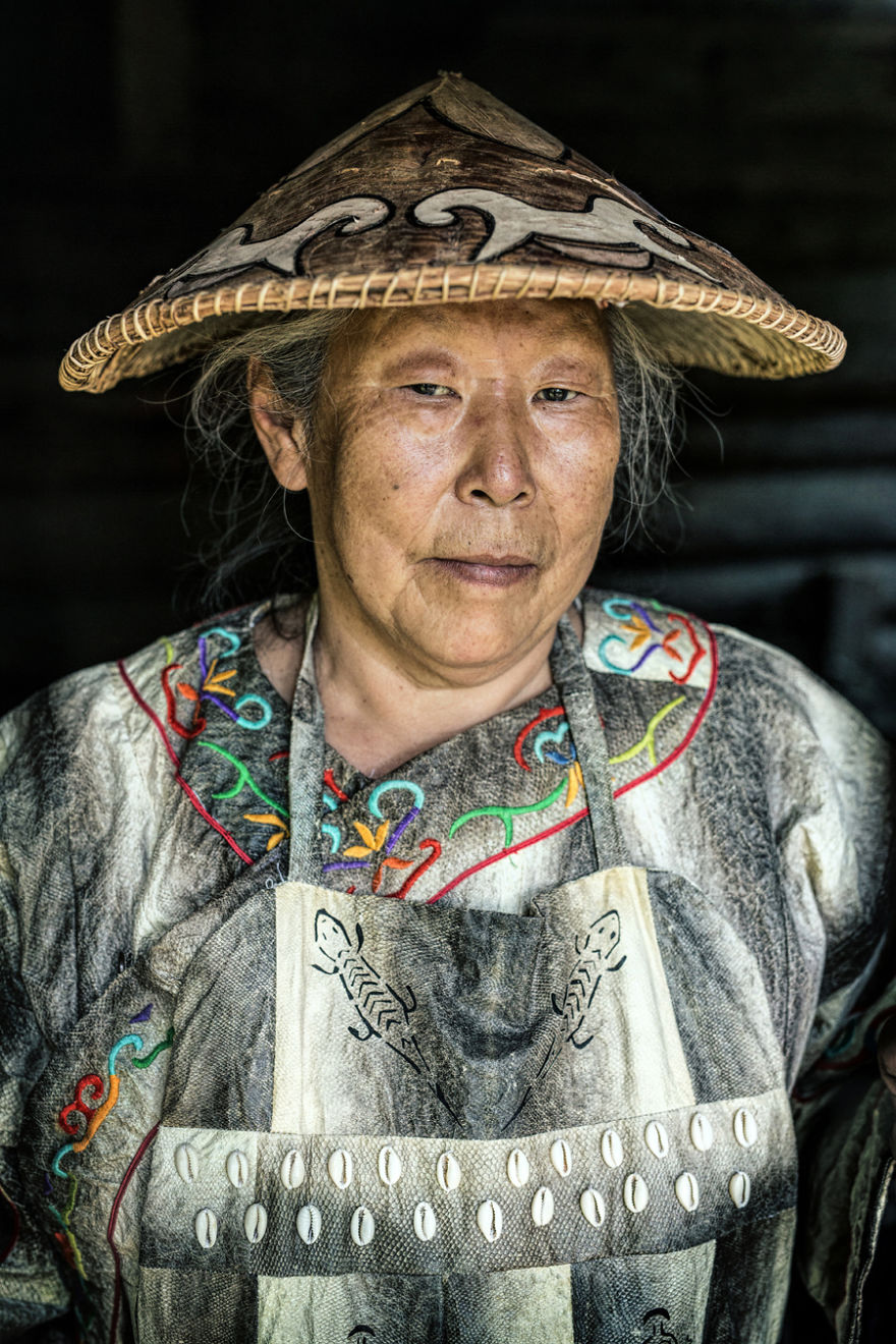 35-Portraits-Of-Amazing-Indigenous-People-of-Siberia-From-My-The-World-In-Faces-Project-59476a31b9f14__880