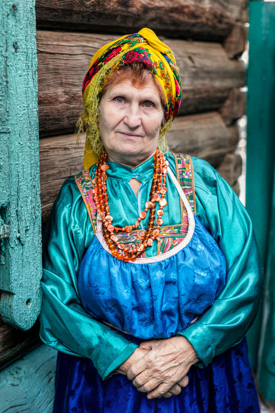 35-Portraits-Of-Amazing-Indigenous-People-of-Siberia-From-My-The-World-In-Faces-Project-59476a4bdefd0__880
