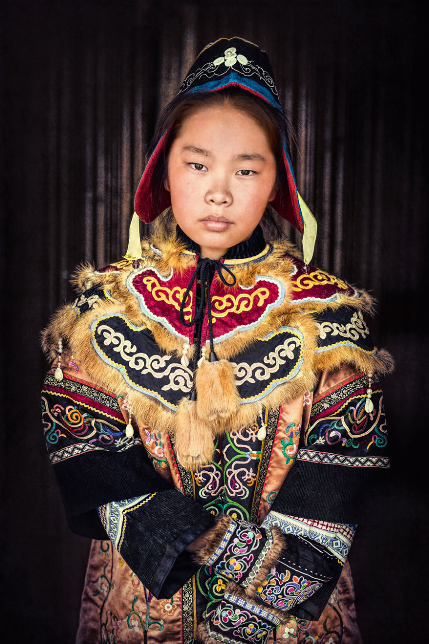 35-Portraits-Of-Amazing-Indigenous-People-of-Siberia-From-My-The-World-In-Faces-Project-59476b0459d93__880