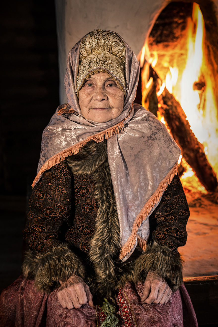 35-Portraits-Of-Amazing-Indigenous-People-of-Siberia-From-My-The-World-In-Faces-Project-59476f119c78f__880