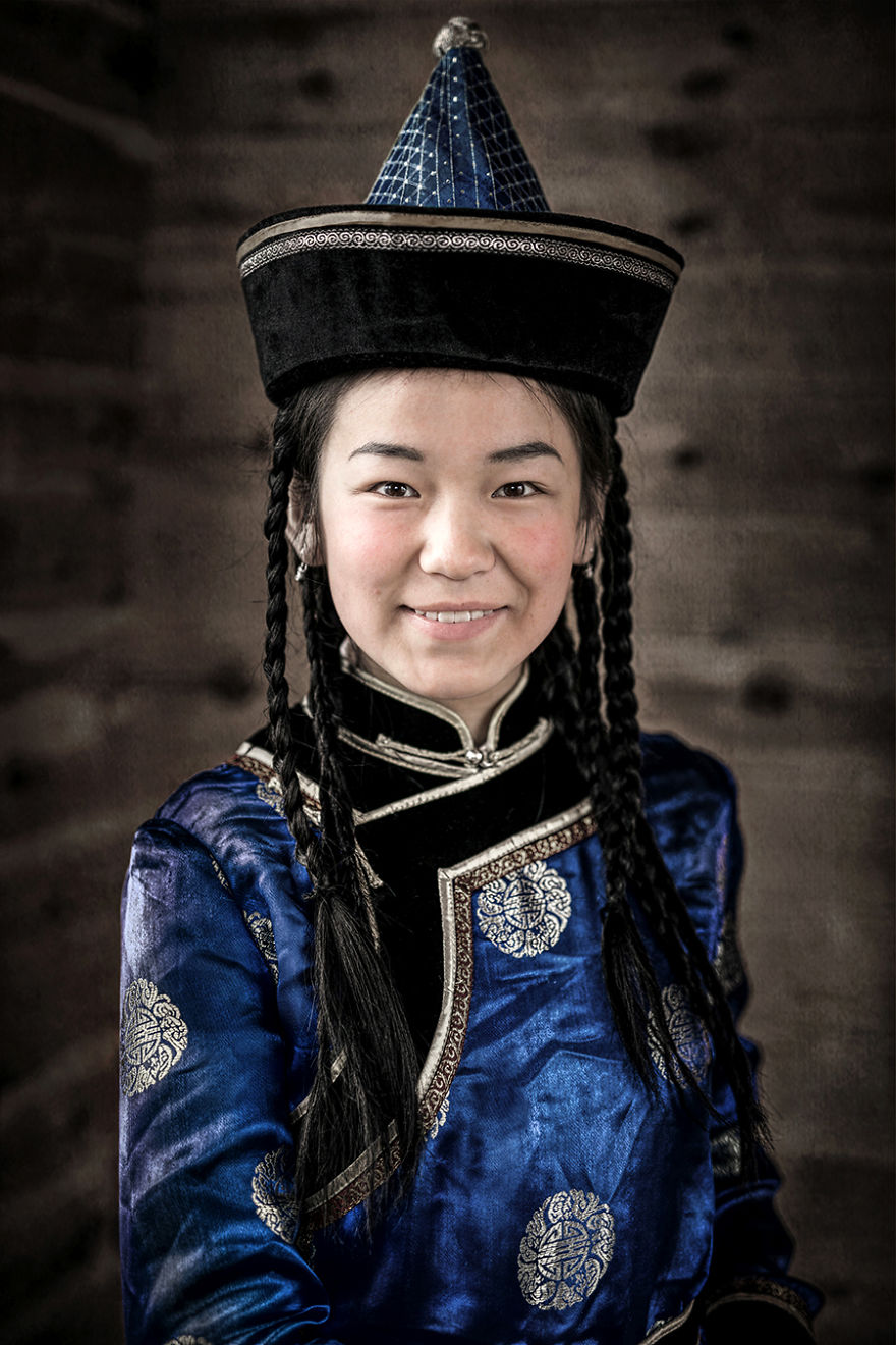 35-Portraits-Of-Amazing-Indigenous-People-of-Siberia-From-My-The-World-In-Faces-Project-594789aae4fd1__880