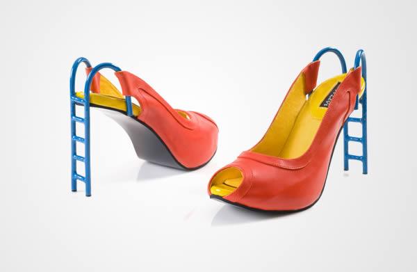 طراحان کمپانی Kobi Levi از همه تخیل خود برای تولید یک کفش پاشنه بلند استفاده کرده و این کفش های عجیب و غیرمرسوم را ساخته اند. فارغ از شمایل عجیب این پاپوش، اینکه چه کسانی چنین کفشی را خریداری می کنند نیز جای سوال دارد!
