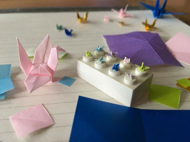 I-make-tiny-origami-cranes-594cbfa6a4aa6__880-w750