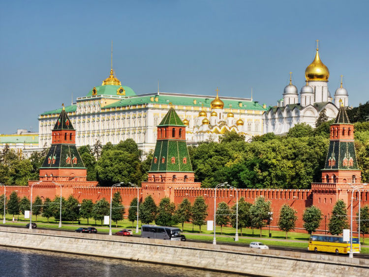 as-president-of-russia-putins-official-residence-is-the-moscow-kremlin-however-he-spends-most-of-his-time-at-a-suburban-government-residence-outside-of-the-city-called-novo-ogaryovo-w750