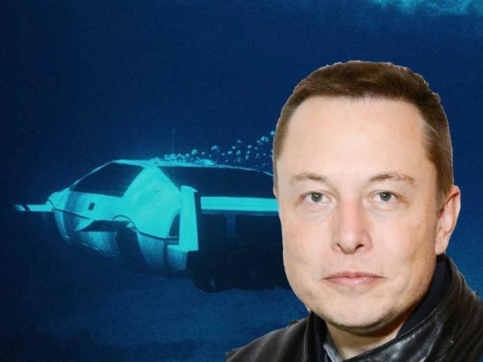 elon-musks-spy-submarine-w700