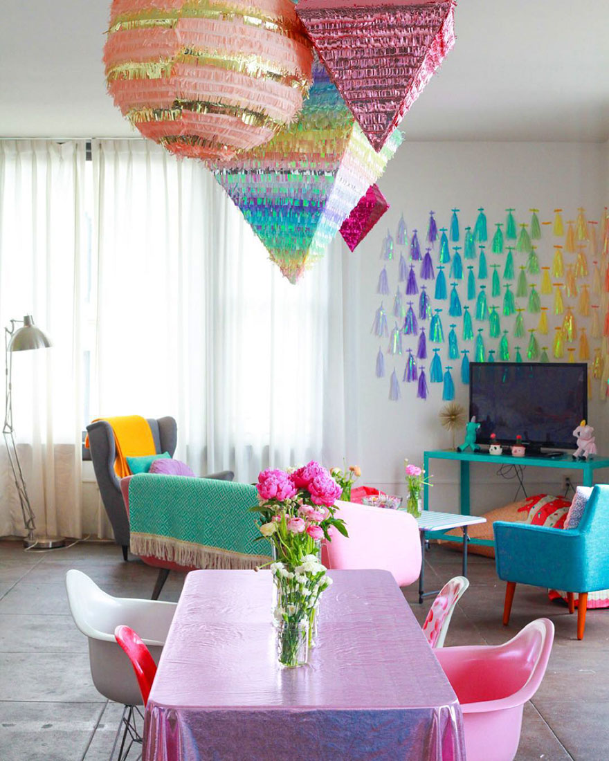 rainbow-colored-apartment-amina-mucciolo-15-59439daa34d75__880