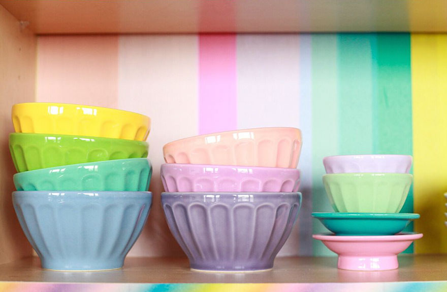 rainbow-colored-apartment-amina-mucciolo-36-59439de00ee69__880