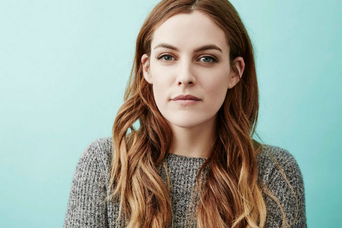 riley-keough-at-the-girlfriend-experience-photocall-january-2016-_1-w700
