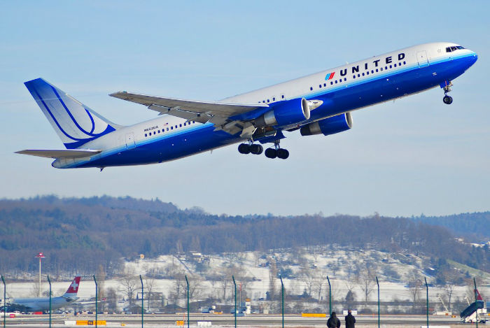 the-boeing-777s-journey-began-in-october-of-1990-with-an-order-from-united-airlines-for-a-twin-engine-wide-body-airliner-larger-than-boeings-767-w700
