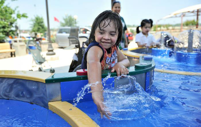 water-park-people-disabilities-morgans-inspiration-island-13-59477858b14a6__700-w700