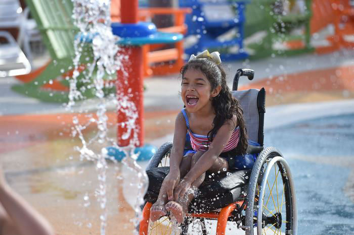 water-park-people-disabilities-morgans-inspiration-island-3-594778435b603__700-w700