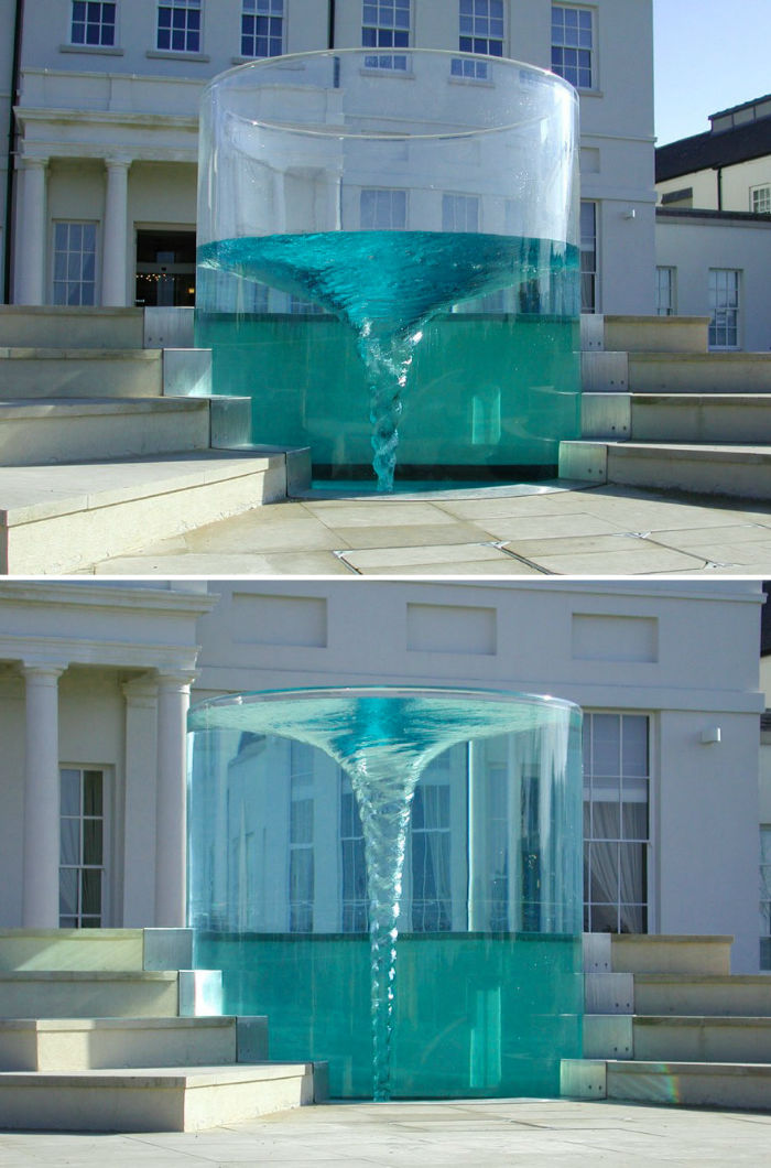 worlds-most-amazing-fountains-7-592d3ddd8e5bd__880-w700