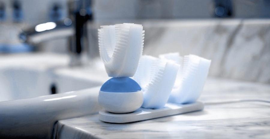 نخستین مسواک که بدون کمک دست و در عرض ۱۰ ثانیه دندان ها را می شوید