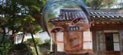 هنرمندی که با نقاشی روی صورت خود ذهن شما را به چالش می کشد