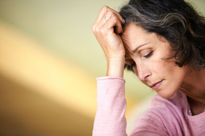 05-forgetting-things-menopause-w700