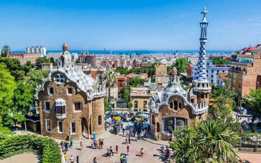 3-5-اسپانیا: سفر به 156 کشور بدون نیاز به ویزا
