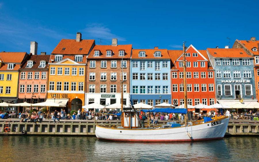 3-8-دانمارک: سفر به 156 کشور بدون نیاز به ویزا