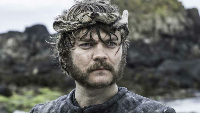 4bf4b8d599ed6597_game-of-thrones-pilou-asbaek-w700