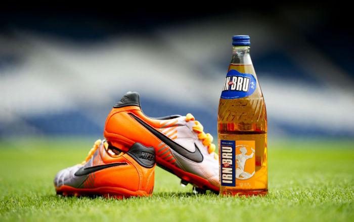 با ۱۰ قرارداد تبلیغاتی گران قیمت کفش های بازیکنان فوتبال در سراسر جهان آشنا شوید