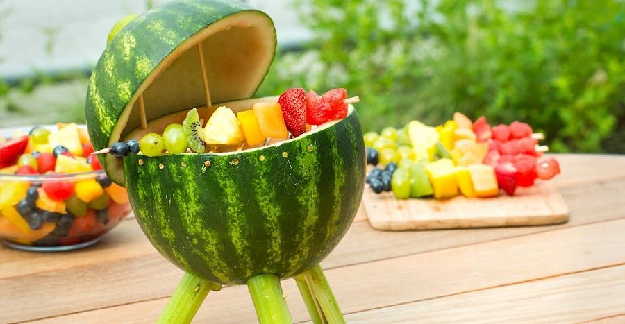 تزئین میوه :گریل هندوانه ای با کباب میوه