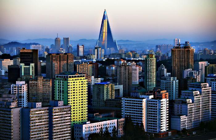 نگاهی به معماری سوسیالیستی پایتخت کره شمالی از دید یک عکاس مستقل