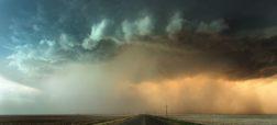 ویدیو تایم لپس حیرت انگیزی که از طوفان در ایالات مختلف آمریکا گرفته شده است [تماشا کنید]