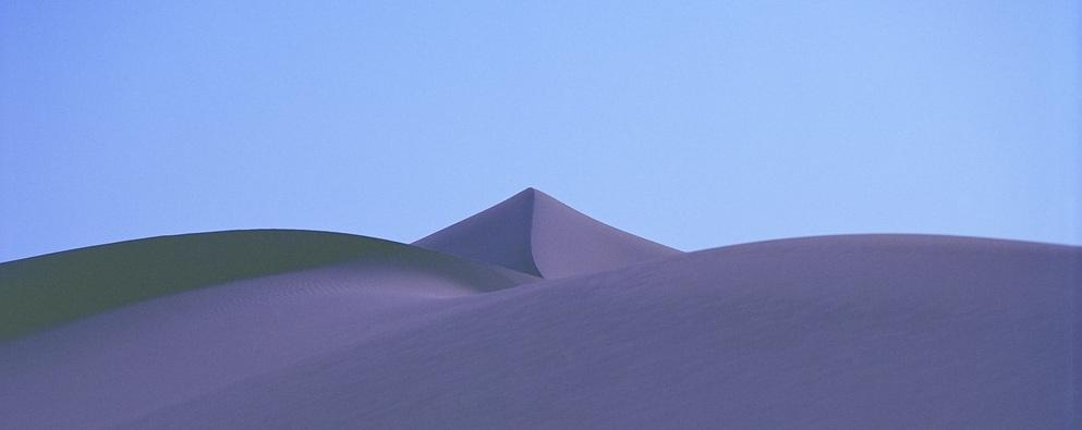 نگاهی به رنگ های فرازمینی شن ها در بیابان های مراکش