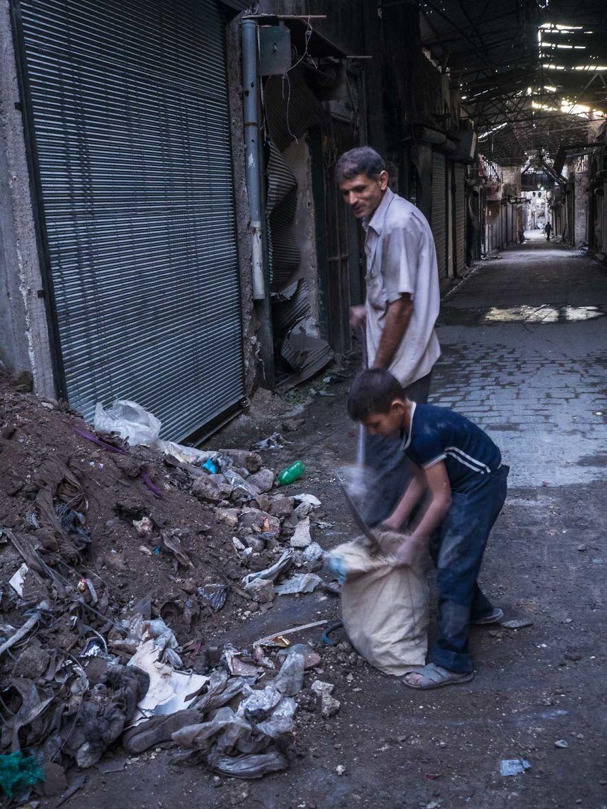 21 - زندگی عادی مردم سوریه در دل جنگ های داخلی + عکس